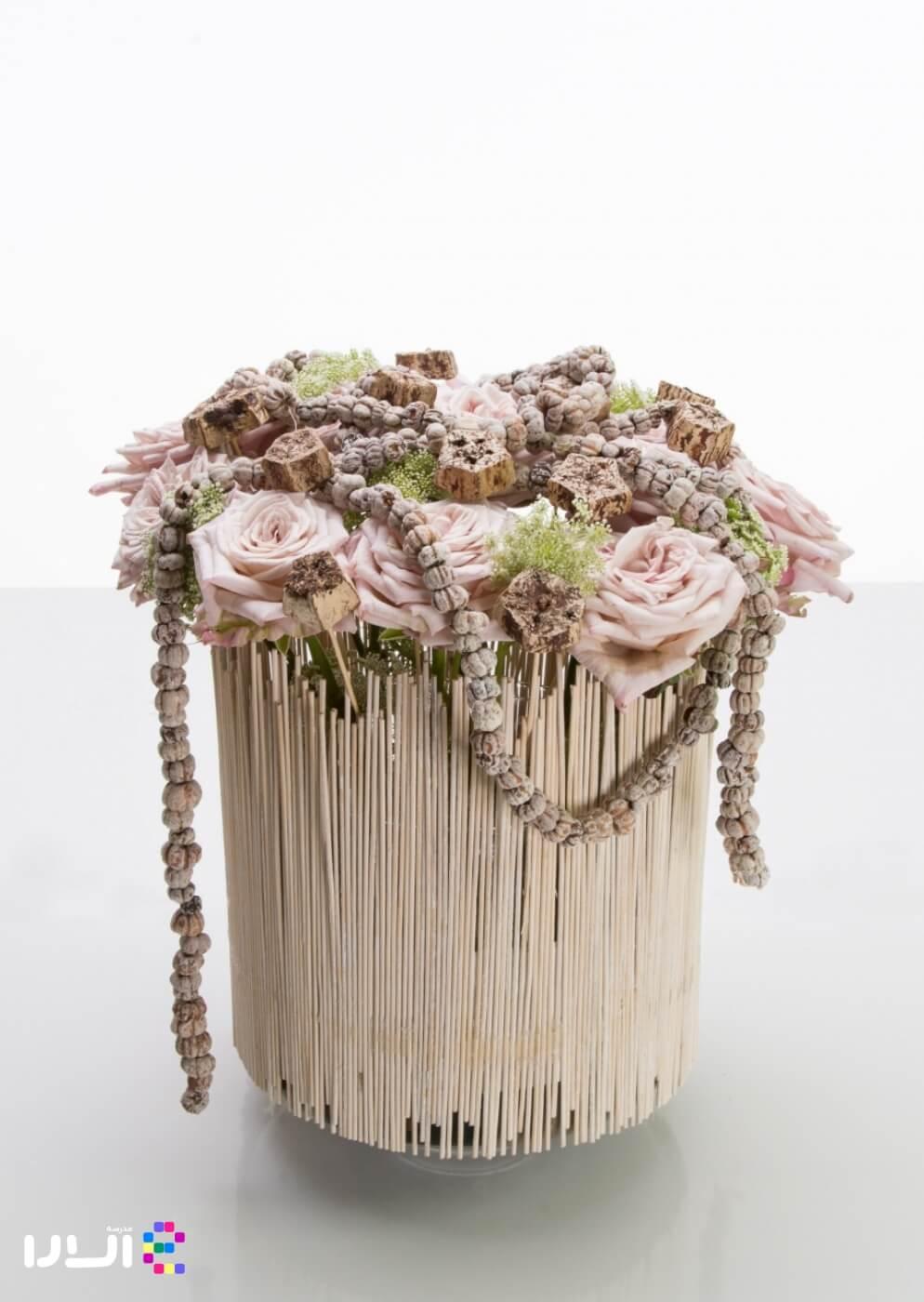 گل آرایی با استفاده از گل رز
